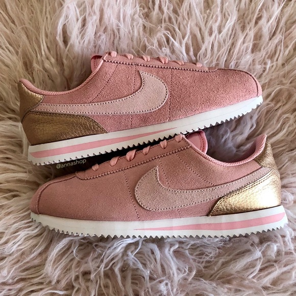huge discount c823e 72ffe NWT Nike Cortez suede pink gold